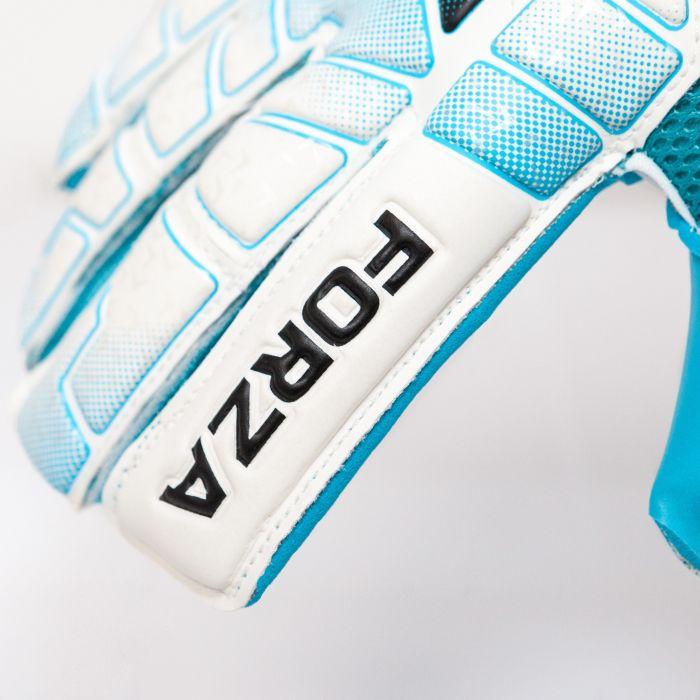 Best Goalkeeper Gloves For Professionals